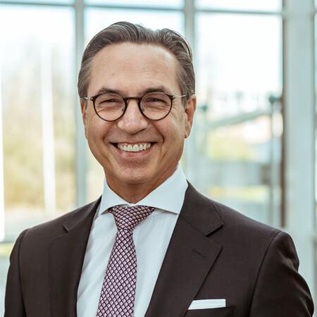 Dr. jur. Martin Bugla